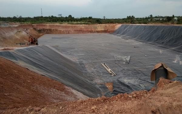 Quy trình thi công bạt HDPE lót hồ xử lý nước thải