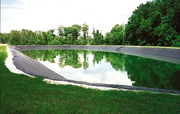 Đặc điểm của bạt HDPE làm hồ cảnh quan