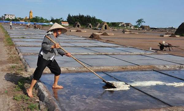 Màng chống thấm HDPE là gì? Sử dụng màng HDPE trong sản xuất và thu hoạch muối