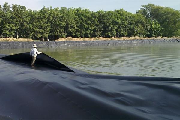 Ứng dụng màng chống thấm HDPE trong các công trình thủy lợi, trữ nước, tưới tiêu nông nghiệp