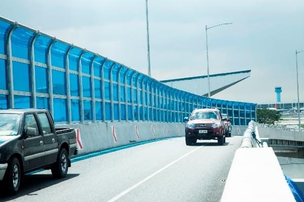 Tấm chống ồn mang nhiều ưu điểm vượt trội trong việc giảm thiểu âm thanh vượt ngưỡng cho phép trên đường cao tốc